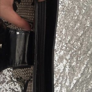 Bags - Large skull clutch